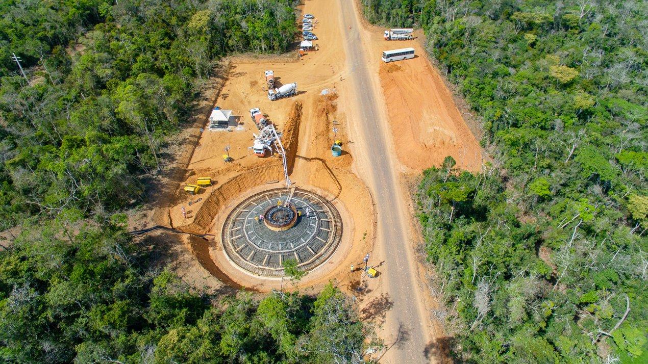 Construção da base de um dos aerogeradores - Ventos da Bahia III