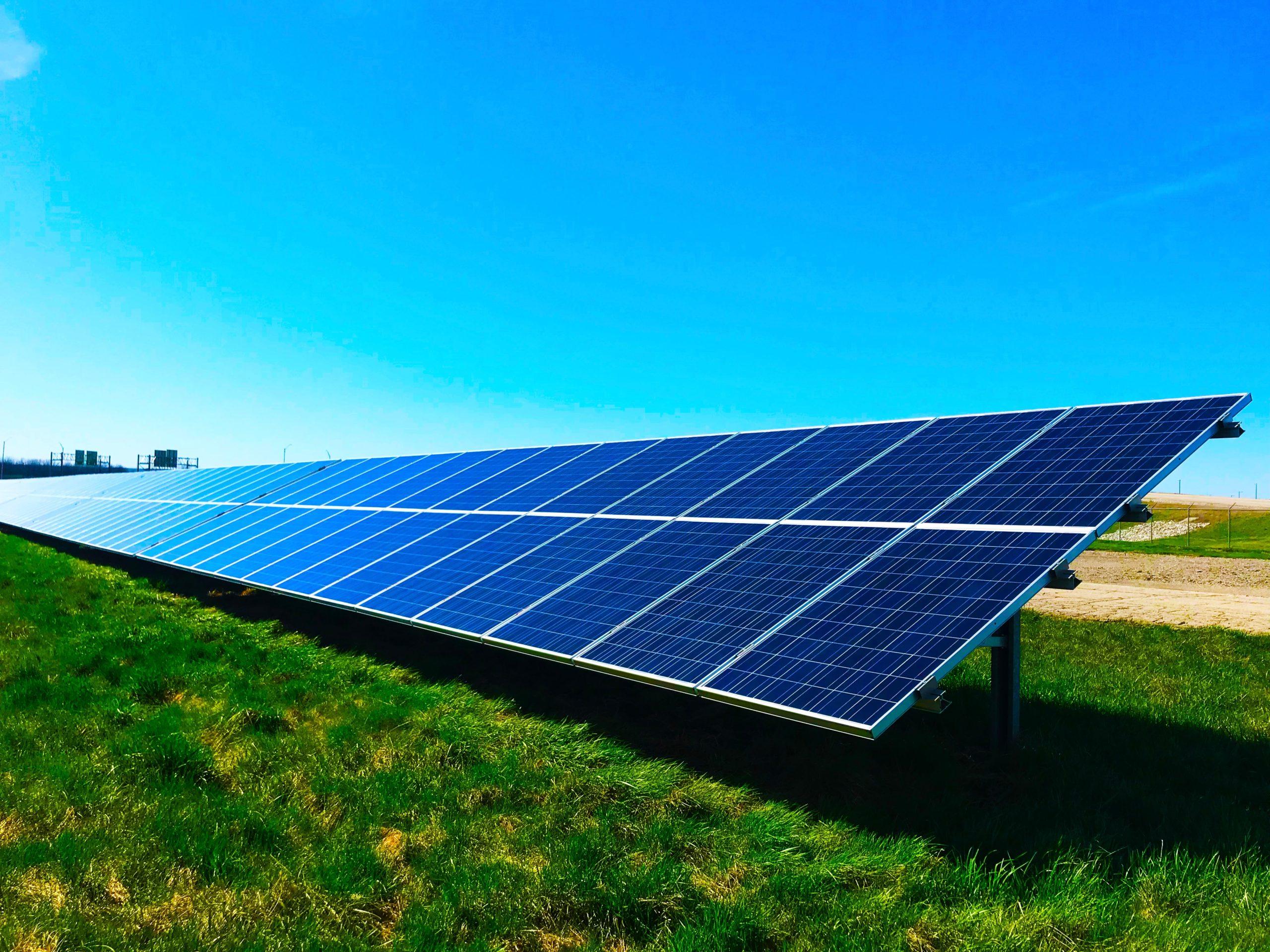 Usina solar - módulo fotovoltaico - AXS Energia